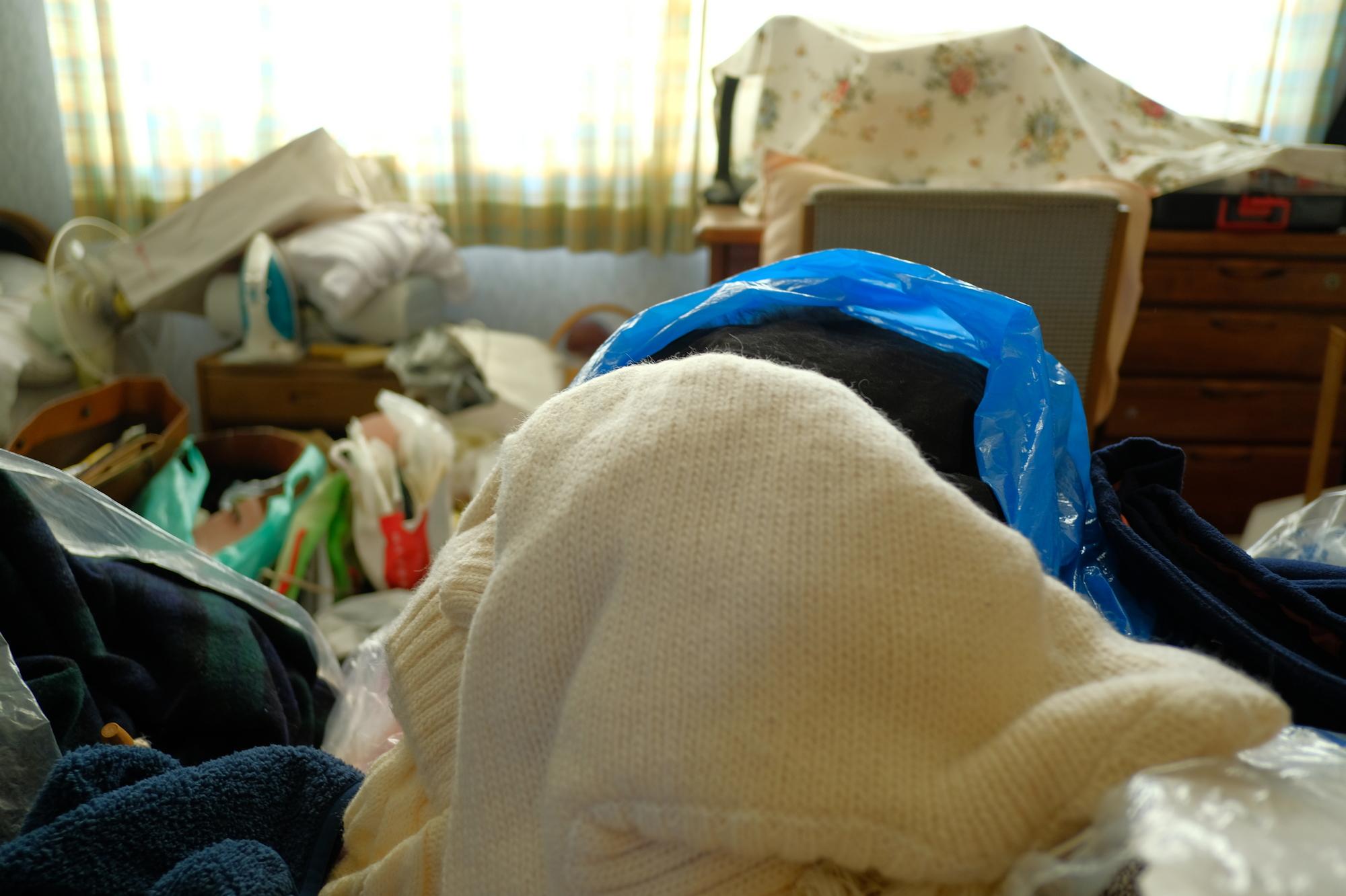 ゴミ屋敷を片付けよう!カビの除去方法を知ってクリーンな環境に