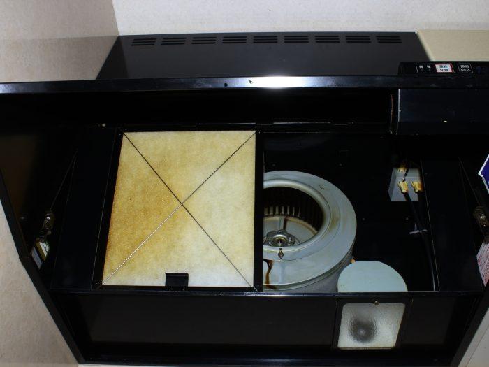 【キッチン・お風呂・トイレ】換気扇掃除の手順 <シロッコファンタイプ>