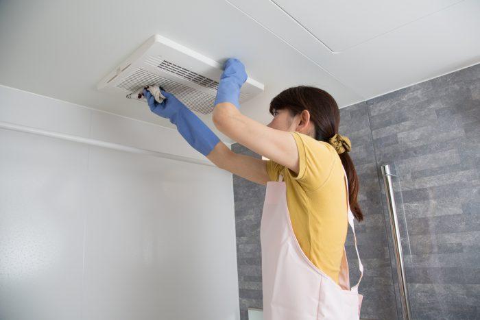 【キッチン・お風呂・トイレ】換気扇掃除の頻度と注意点